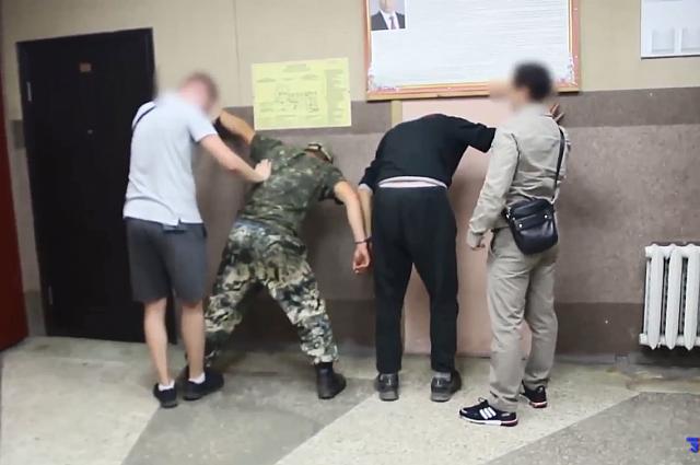 Задержанные  - жители Калининграда 24 и 26 лет.