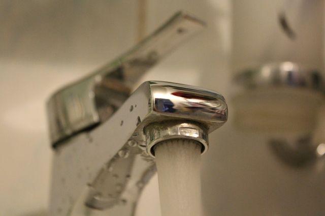 Жителей просят заблаговременно сделать запасы воды.