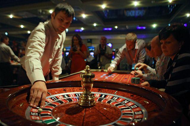 Зал для игры в рулетку в развлекательном комплексе «Оракул» игровой зоны «Азов Сити».