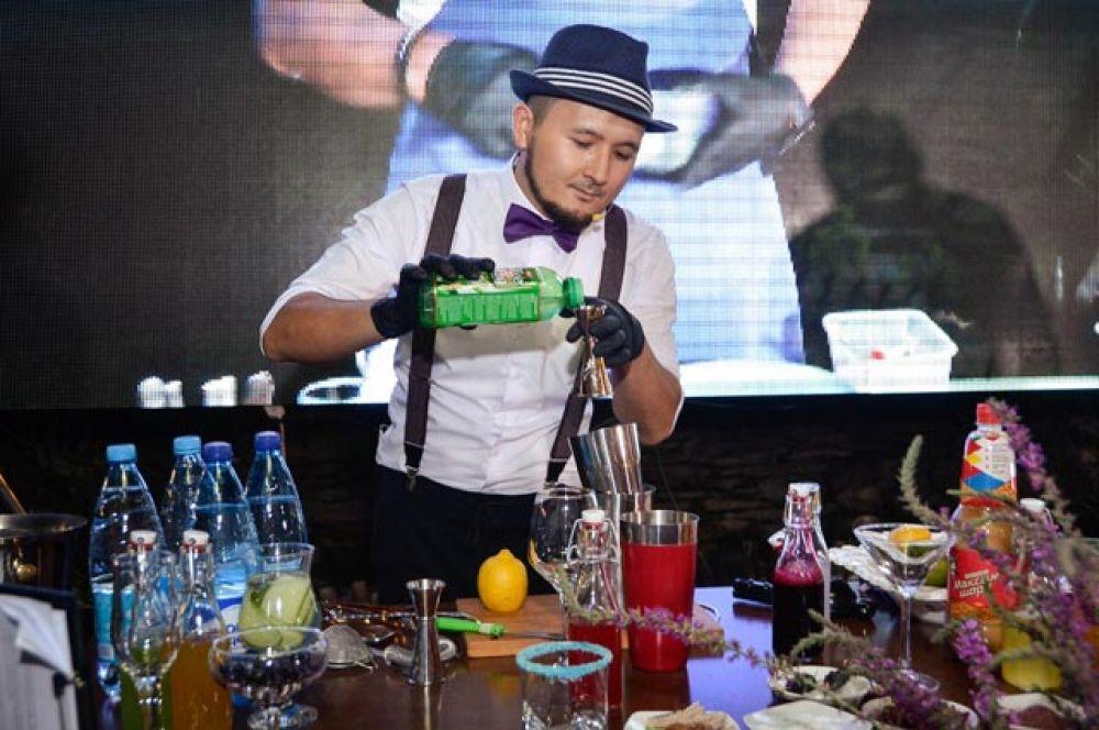 Знаменитый бармен Тилек Таласбеков.