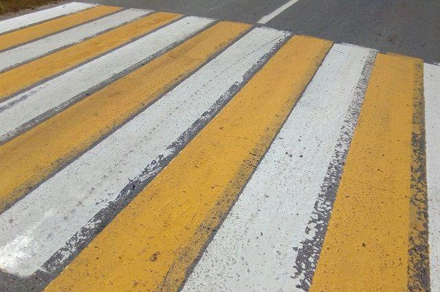 Соцсети: в Оренбурге пассажирский автобус сбил девушку на «зебре».