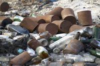 Организацию, устроившую свалку в Салехарде, нашли брошенным по ценникам