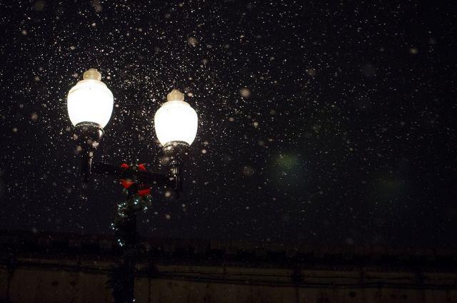 В Салехарде уличное освещение включат 11 августа