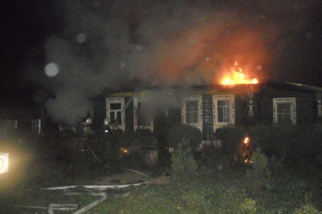 На пожаре во Владимирской области погибли дети и двое взрослых.