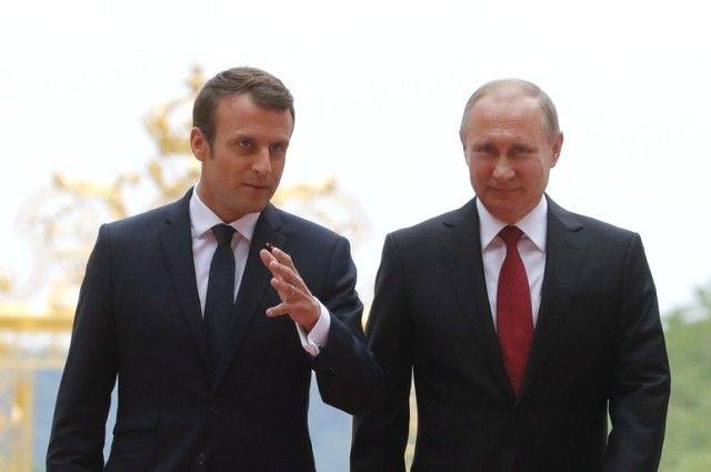 Путин и Макрон обсудили взаимодействие России и Франции в Сирии