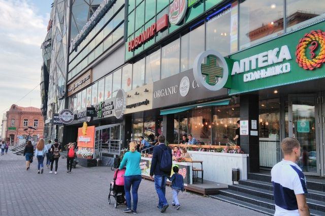 Новосибирск - кулинарная столица Сибири. В одном доме здесь может быть сразу несколько ресторанов и кафе, особенно на Красном проспекте.