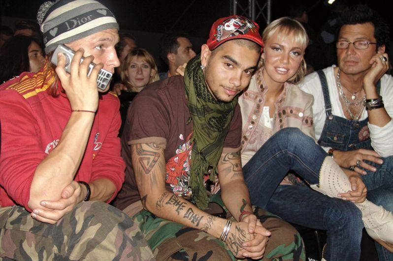 Тимати, Маша Малиновская и Александр Анатольевич на Неделе моды в Москве. 2007 год.
