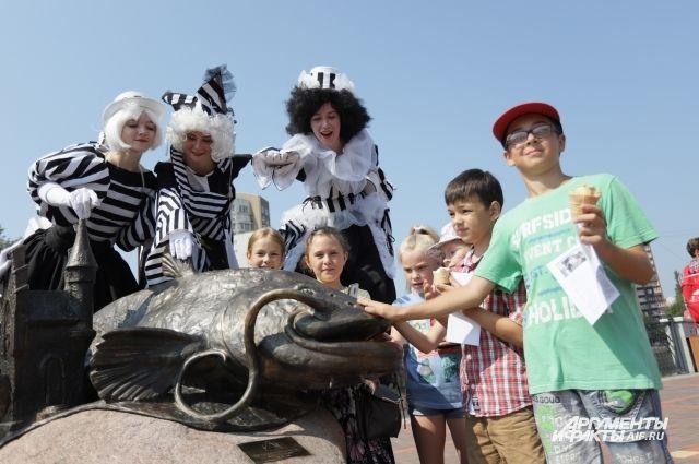 В Калининграде открыли памятник сому.