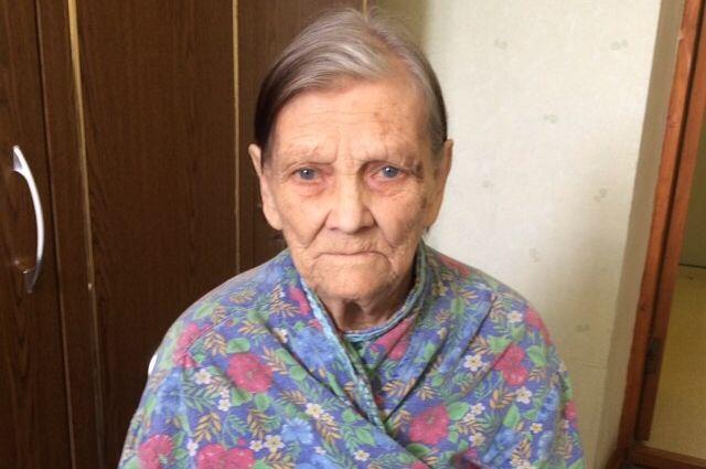 В Калининграде просят опознать бабушку с потерей памяти.