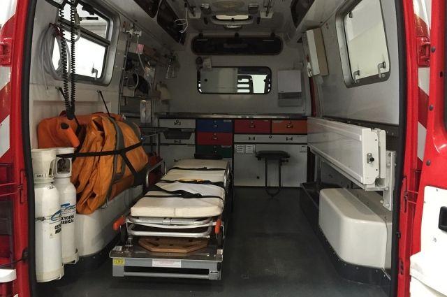 Один человек доставлен в больницу.