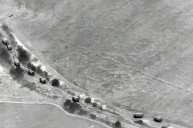 Миссия ОБСЕ заметила близ Донецка большую колонну грузовиков с оружием