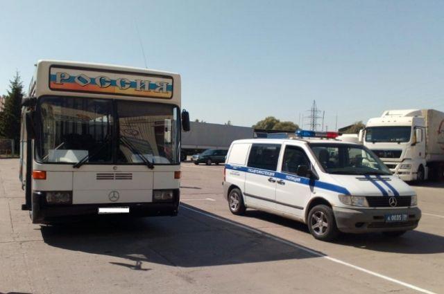 В Калининграде обнаружили автобус с неисправным рулевым управлением