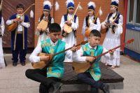Воспитание в этнокультурных традициях начинается с самого детства.