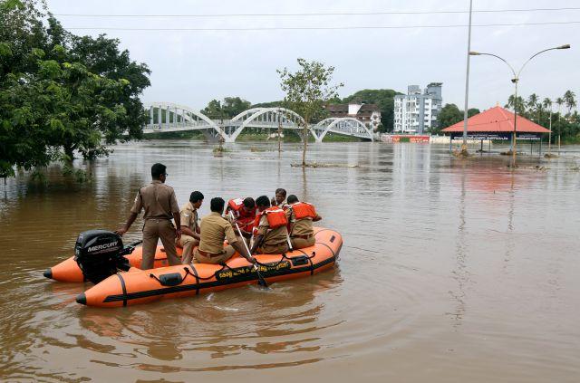 Более 770 человек в Индии погибли с начала сезона дождей - Real estate