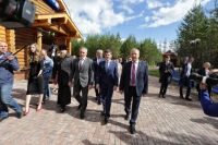 Александр Моор побывал в духовно-нравственном центре Ноябрьска