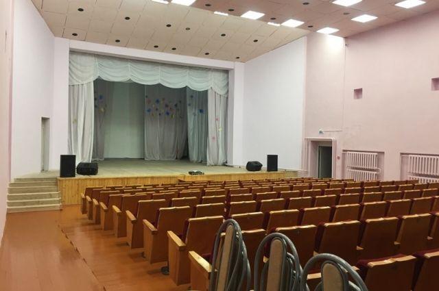 Ремонт в МАУ «Культуры и спорта» села Курашим.
