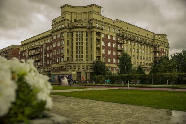 Здания Андрея Крячкова - визитная карточка Новосибирска.