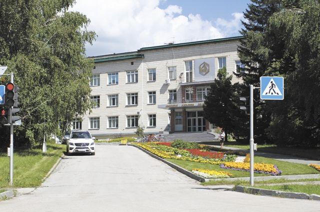 ЦКБ и школы района будут реконструировать.