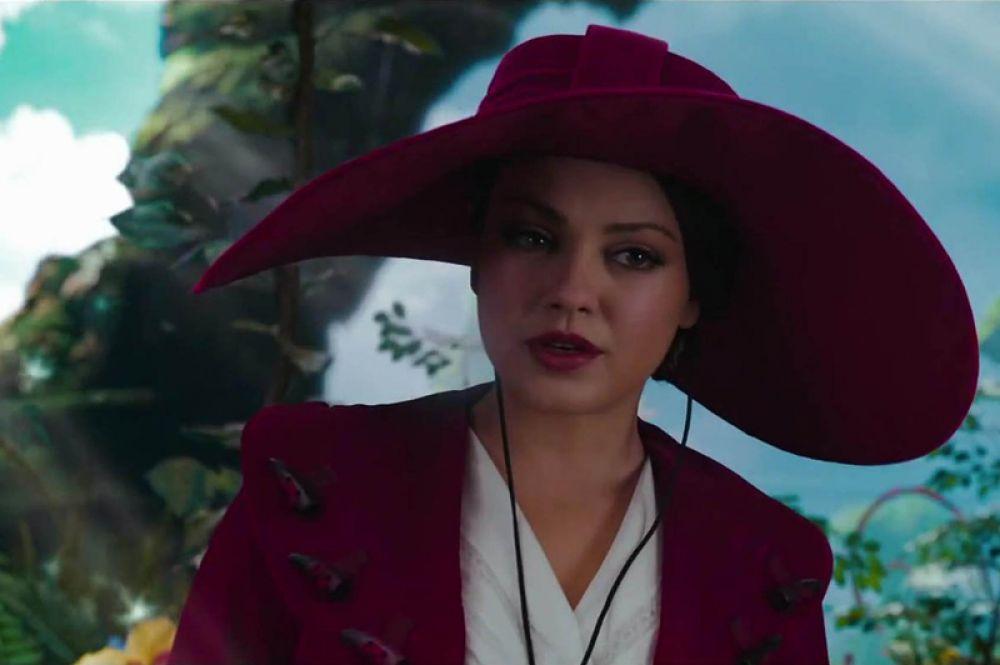 В 2013 году актриса появилась в роли ведьмы Теодоры в фэнтезийном фильме «Оз: Великий и Ужасный», ее коллегами по съемочной площадке были Джеймс Франко, Мишель Уильямс и Рэйчел Вайс.
