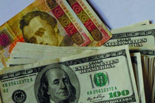 Нацбанк продал более 66 млн долларов для стабилизации курса гривен
