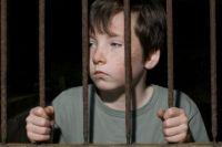 Минюст хочет отменить тюремное заключение для малолетних преступников