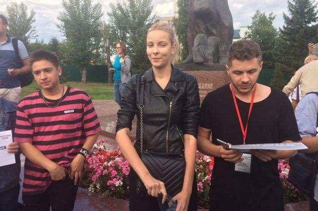 Даниил Маркин (слева) и Мария Мотузная (справа).