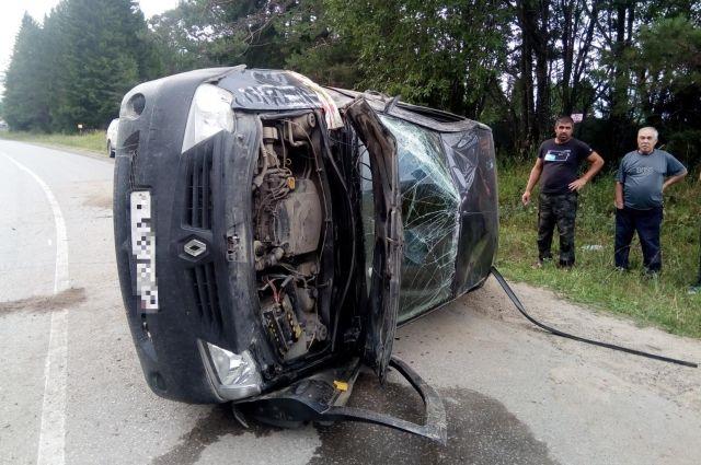 Водитель неверно выбрал скоростной режим и потерял контроль над автомобилем.
