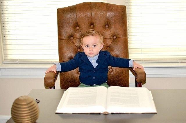 В России система воспитания как способ передачи из поколения в поколение ценностей сейчас разрушена.