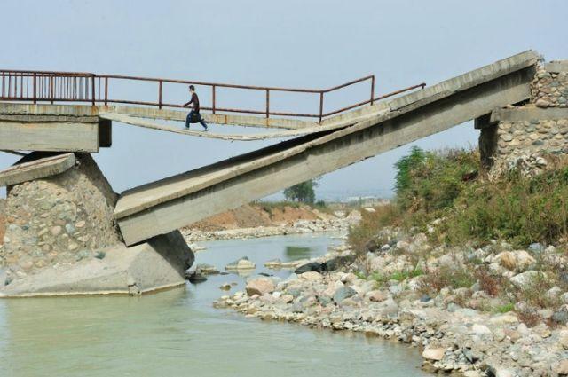 Омелян сообщил, сколько в Украине аварийных мостов