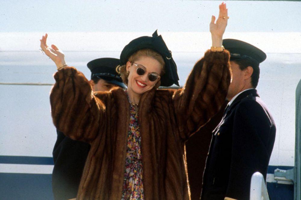 В 1996 году певица снялась в главной роли в экранизации мюзикла Эндрю Ллойда Уэббера «Эвита». За роль она получила «Золотой Глобус» за лучшую женскую роль в комедии или мюзикле.