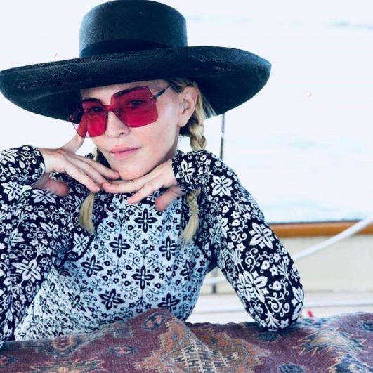 Мадонна за несколько дней до своего 60-летнего юбилея. 2018 год.