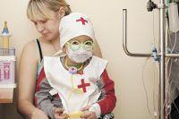 Зачастую помощь психолога нужна не только больным детям, но и их родителям.
