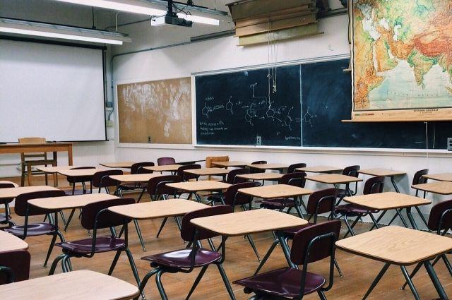 Собянин открыл новую школу в столичном районе Солнцево