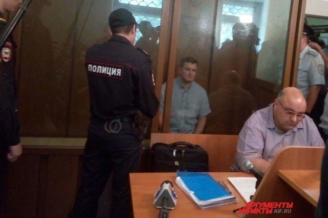 Началось заседание суда, на котором изберут меру пресечения главе Оренбурга.