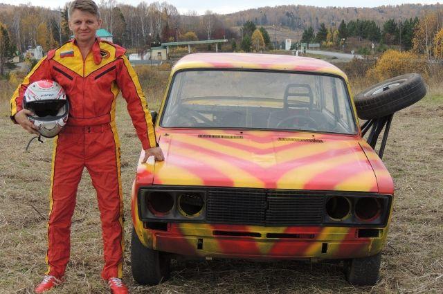 Машины Евгения Федосова - смесь советской романтики с безудержной фантазией автолюбителя и каскадера.