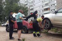 За незаконные действия владелице авто грозит штраф.