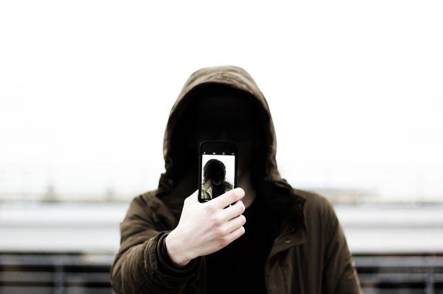 В хостеле на Мичурина пропал дорогой смартфон