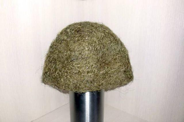 В Якутии делают традиционные круглые шапки из шерсти лошадей, почему бы не попробовать мамонта.