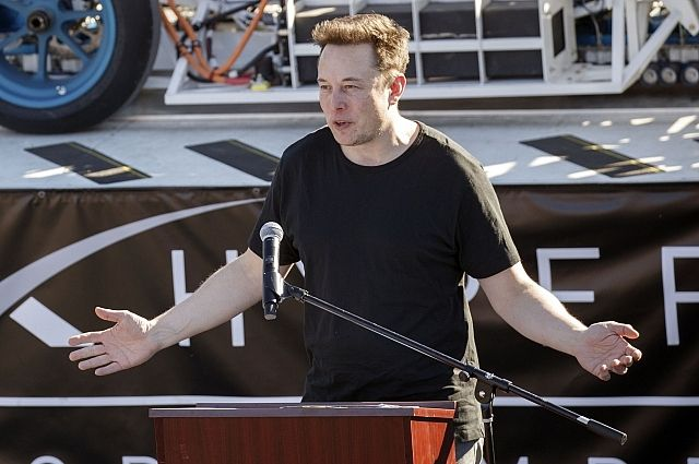 Илон Маск пожаловался журналистам на сильное переутомление