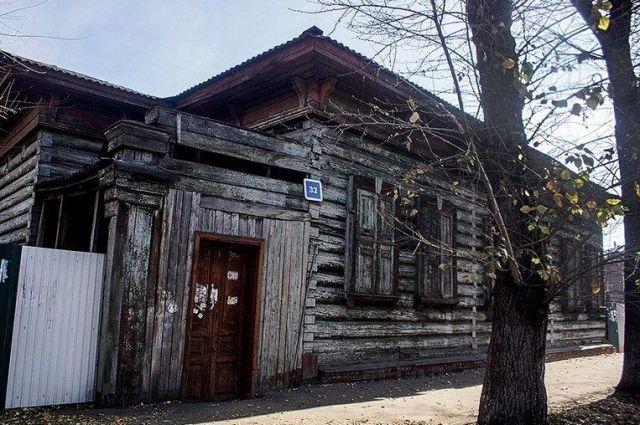 Дом Аркадия Рассушина на бульваре Гагарина в Иркутске.