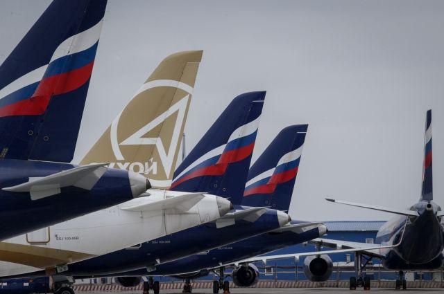 Аэрофлот получил два российских самолета Sukhoi Superjet 100