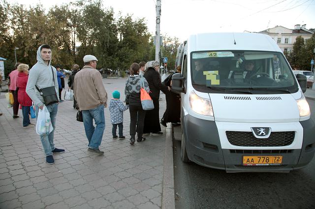 В Украине начнут изымать маршрутки, переделанные из грузовых автобусов