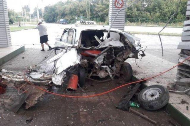 В Тернополе такси взорвалось посреди газовой заправки