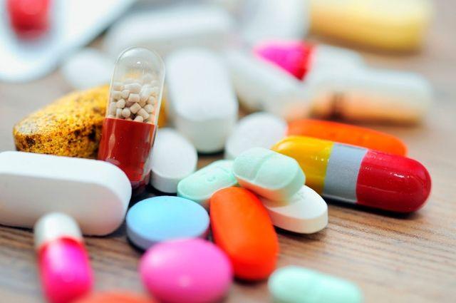 В Украине запретили 75 медицинских препаратов: большинство из России