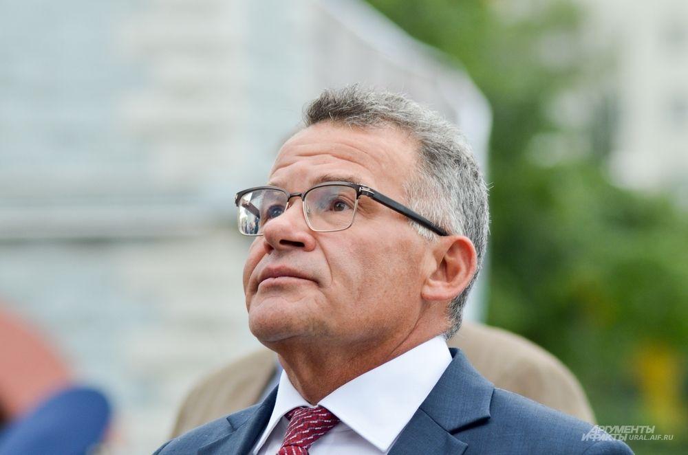 Руководитель администрации губернатора Свердловской области Владимир Тунгусов.