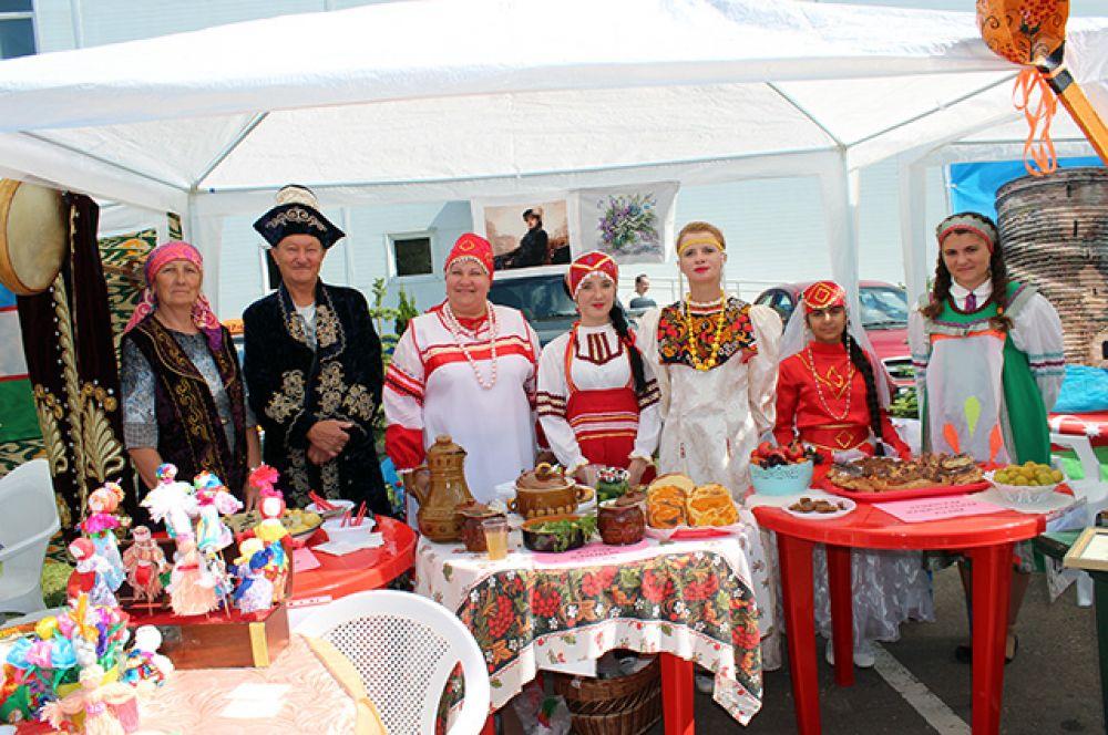 Русско-казахский павильон