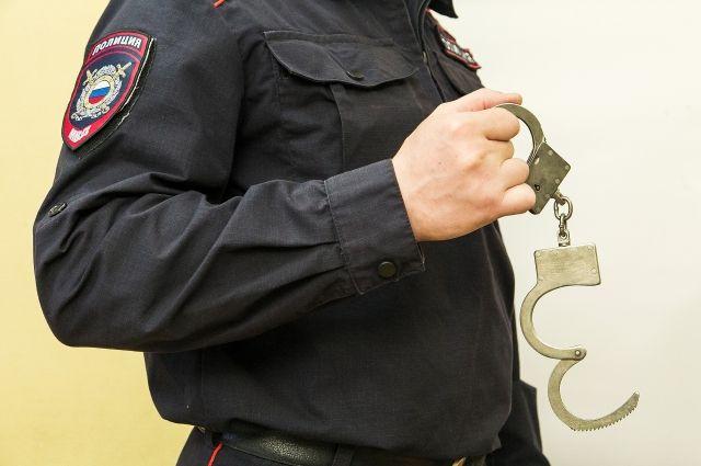 Подозреваемого мужчину задержали.