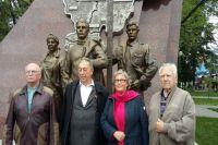 Ветераны Ноябрьска приняли участие в открытии монумента покорителям Севера