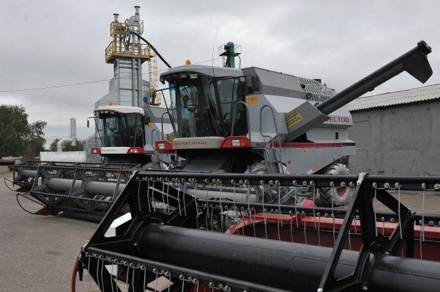 В дополнение к этой сумме омские сельхозпроизводители получат из бюджета региона ещё 33,2 млн. рублей своих средств.