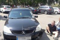 В Киеве квартирные воры, пытаясь скрыться от полиции, попали в аварию